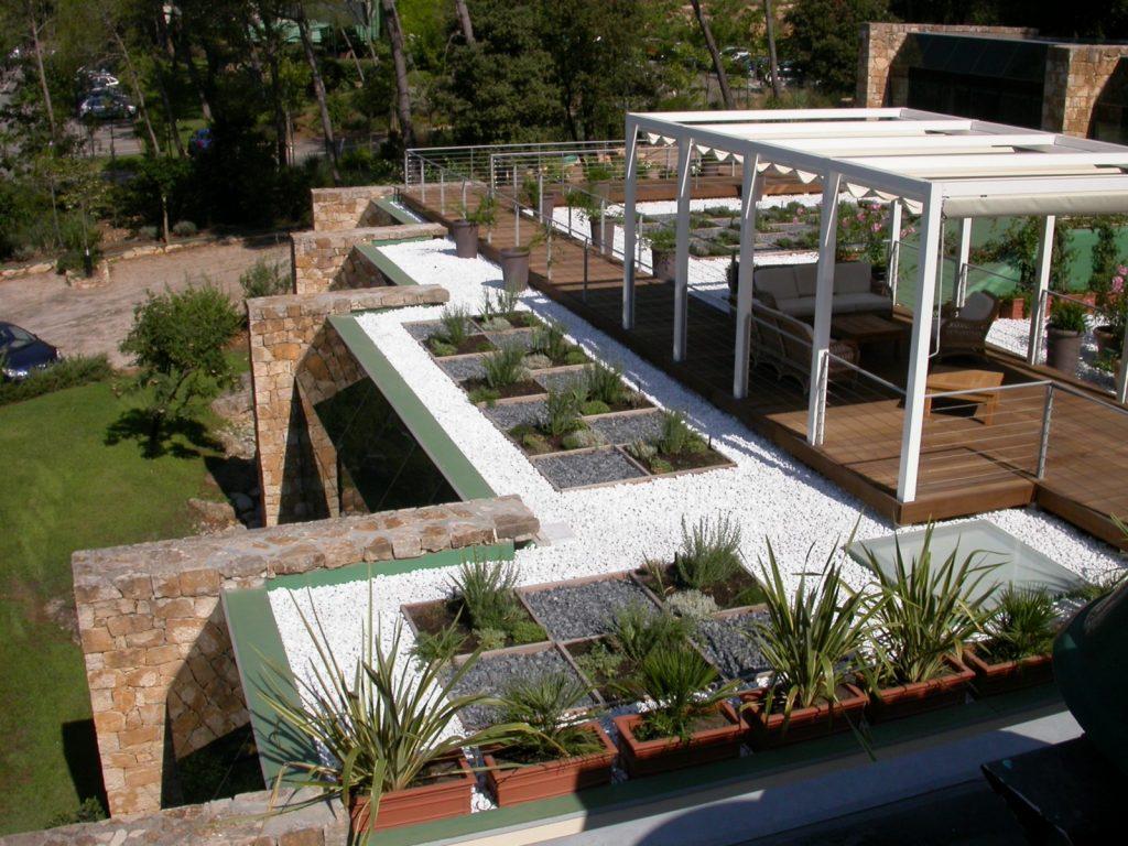 STS Côte d'Azur, nos réalisations, étanchéité toit terrasse membrane PVC protection gravillon - Cannes